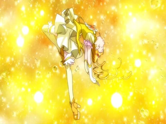 File:Yes! Pretty Cure 5 GoGo! Cure Lemonade in her transformation.jpg