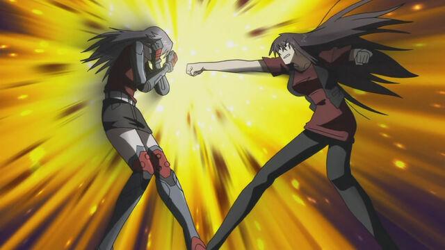 File:Momoyo vs. Takae 3.jpg