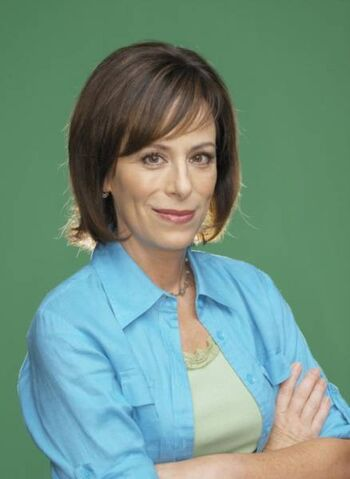 File:Malcolm in the Middle S7 Lois MITMVC .jpg