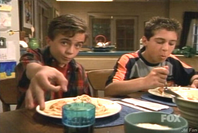 File:Malcolm-and-Reese-malcolm-in-the-middle-Dinner Out s2.jpg