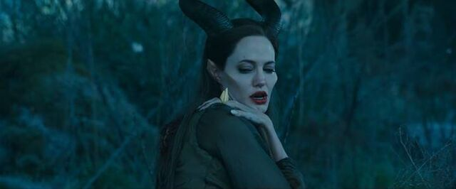 File:MaleficentWithoutWings 1.jpg