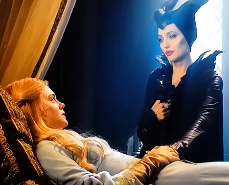 File:Maleficent and Aurora.png