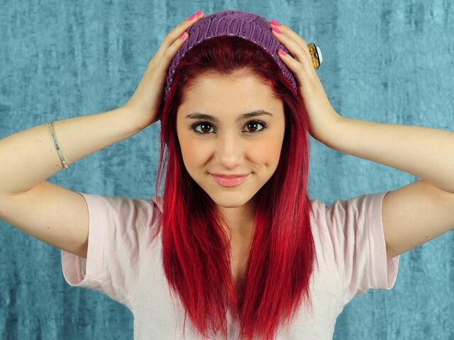 File:Cat Valentine.jpg