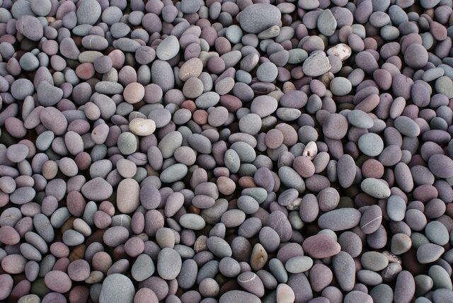 File:Pebbles2.jpg