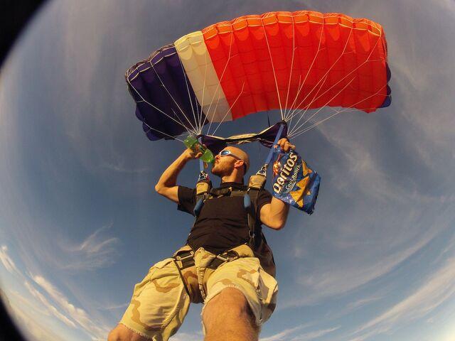 File:Skydiving-Mountain-Dew-Doritos-Pongr-2x.jpg
