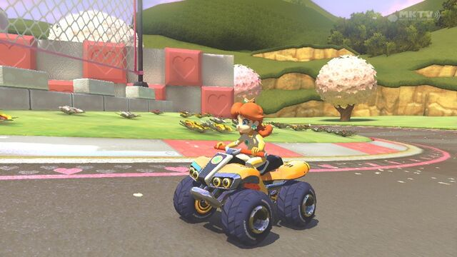 File:Daisy on her Standard ATV (Royal Raceway).jpg