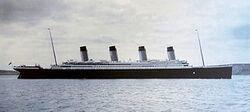 330px-Titanic-Cobh-Harbour-1912