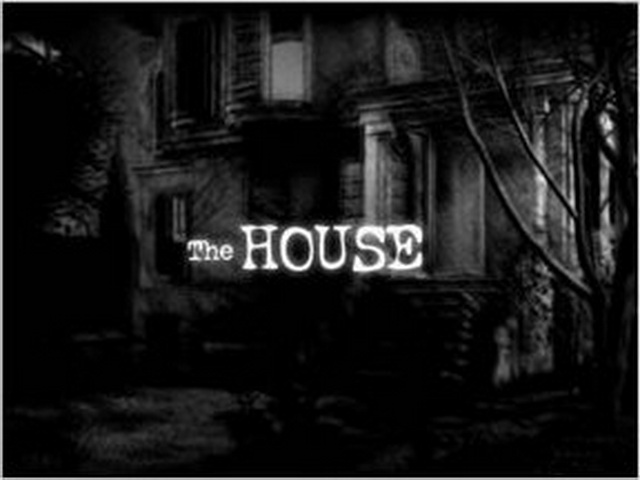 One family moved in to this house but never came out! Find out why in the first installment of The House! #HorrorGames #Halloween #HalloweenFlashGames