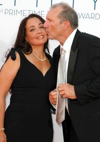 File:Russoff-ONeill-Emmys.jpg