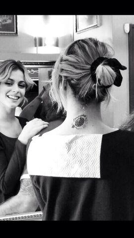 File:Tini Stoessel Tattoo.jpg
