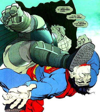 File:Batman Earth-31 033.jpg