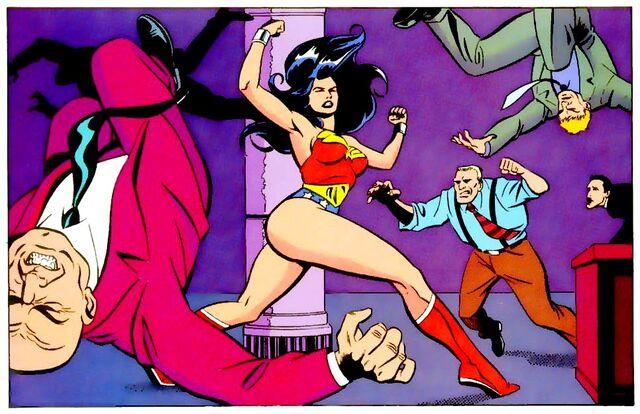 File:Wonder Woman 0218.jpg
