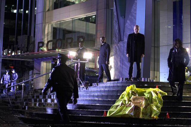 File:Smallville Episode Descent 001.jpg