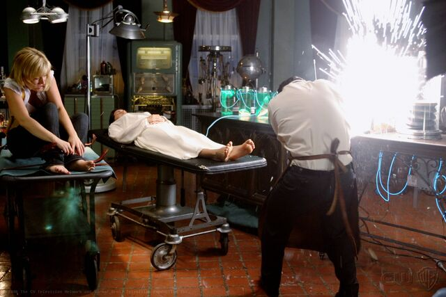 File:Smallville Episode Cure 001.jpg