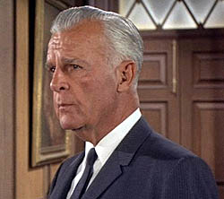 File:Commissioner Gordon (Batman 1966 TV Series) 001.jpg
