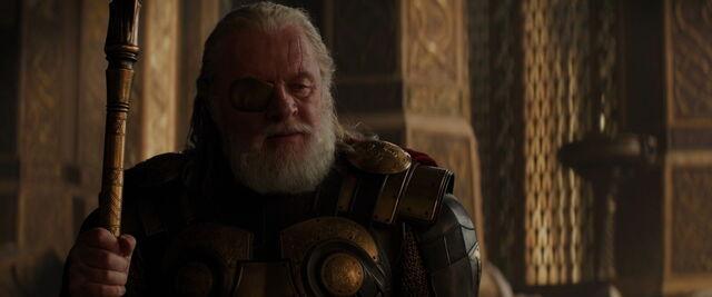 File:Odin-Declairs-War-on-Malekith.jpg