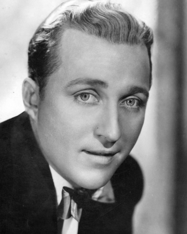 File:Bing Crosby.png