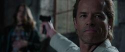 Aldrich-Killian-kills-Maya-Hansen