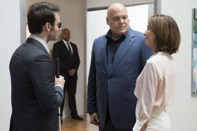 File:Wilson-Fisk-Vanessa-meet-Murdock.jpg