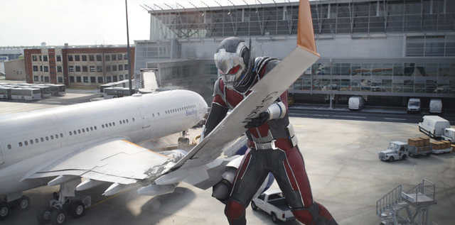 File:Giant-Man Airplane.png