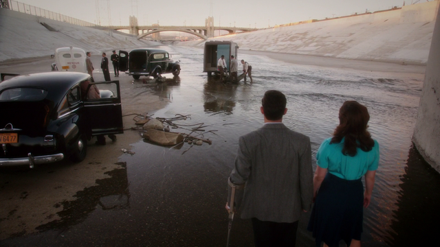 File:Sousa & Carter - RIver (2x02).png