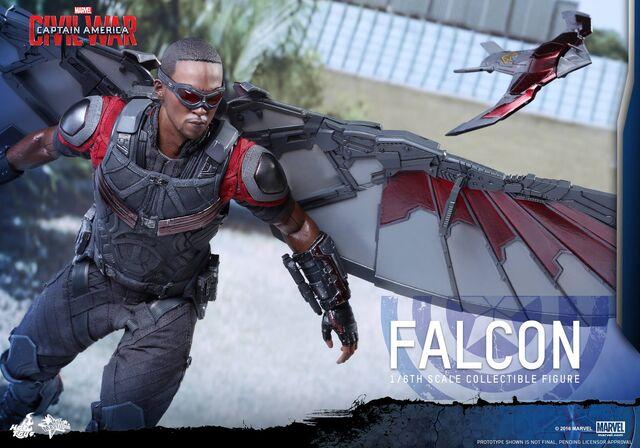 File:Falcon Civil War Hot Toys 9.jpg