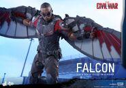 Falcon Civil War Hot Toys 11