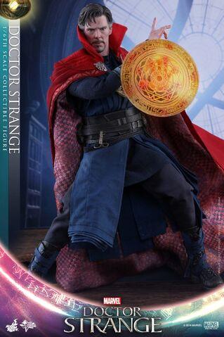 File:Doctor Strange Hot Toys 1.jpg