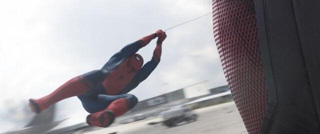 File:SpiderMan-TrippingGiantMan.jpg