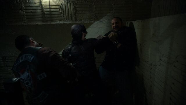 File:Daredevil-vs-DogsOfHell-Stairs.jpg
