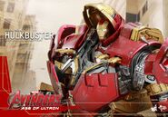 Hulkbuster Hot Toys 18
