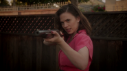 Peggy Carter - Rifle (2x04)