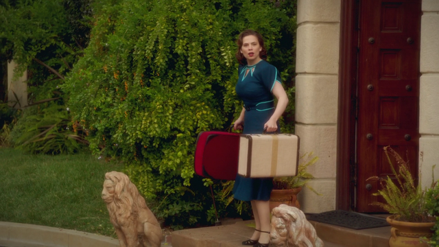 File:Peggy Carter - Surprise (2x10).png