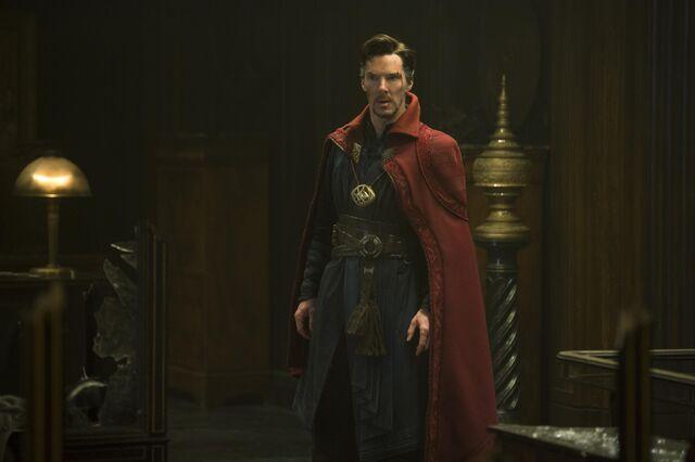 File:Doctor Strange Yahoo Exclusive.jpg