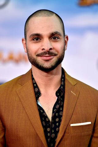 File:Michael Mando.jpg