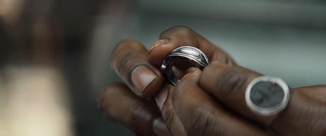 File:Wakandan Royal Ring 2.png