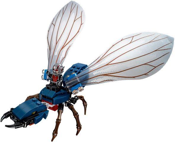 File:Ant-Man Lego final battle 6.jpg