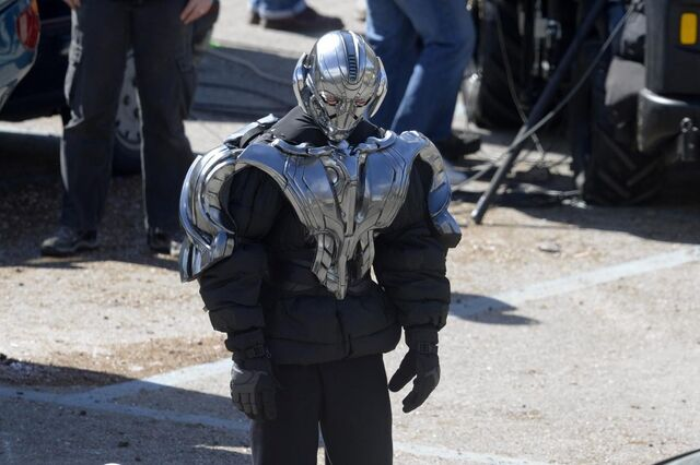 File:Ultron Set 11.jpg