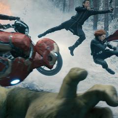 Los Vengadores luchando contra HYDRA.