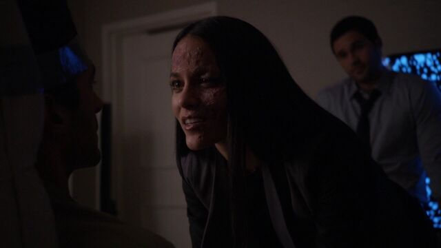 File:Kara gets her revenge on Bakshi.jpg