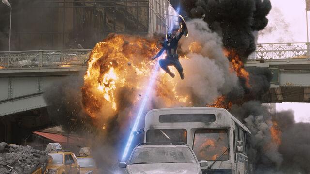 File:Avengers - Captain America 001.jpg