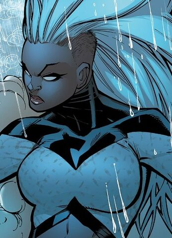 File:Ororo Munroe (Earth-616) from Extraordinary X-Men Vol 1 1 003.jpg