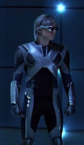 File:Peter Maximoff (Earth-TRN414) from X-Men Apocalypse 002.jpg