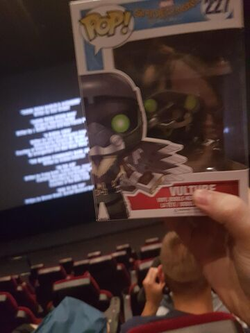 File:Vulture Funko-figure at screening for Spider-Man Homecoming.jpg