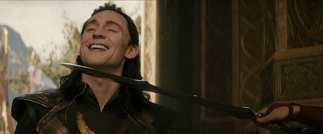File:Thor The Dark World Loki 03.png