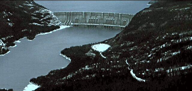 File:Alkali Lake-1.jpg