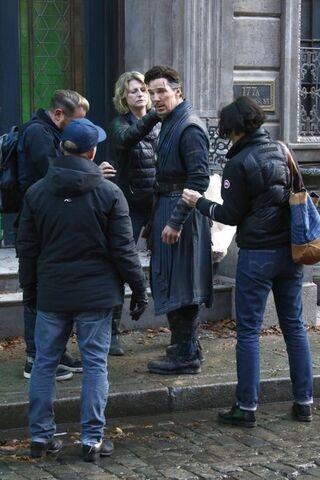File:Doctor Strange Filming 60.jpg