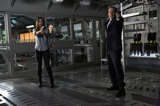 File:Agents of SHIELD Turn, Turn, Turn 05.jpg