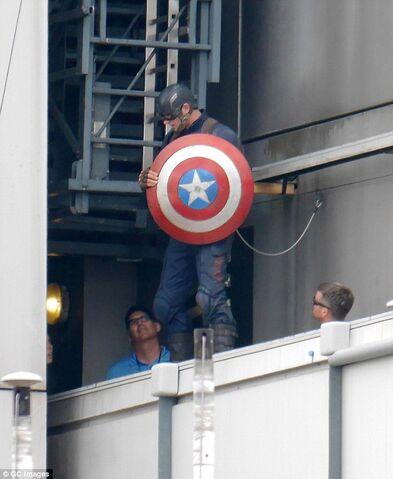 File:Captain America Civil War Filming 52.jpg