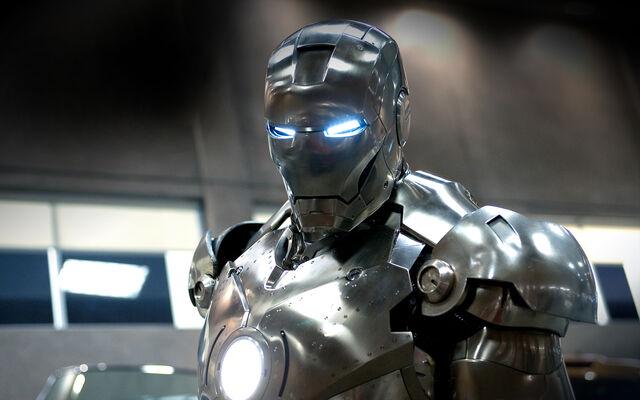 File:20140366665014025!Iron man.jpg